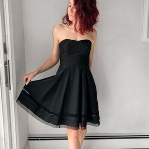 [WHBM] Strapless Little Black Dress